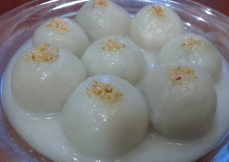 Phân tích bài thơ Bánh Trôi Nước của Hồ Xuân Hương
