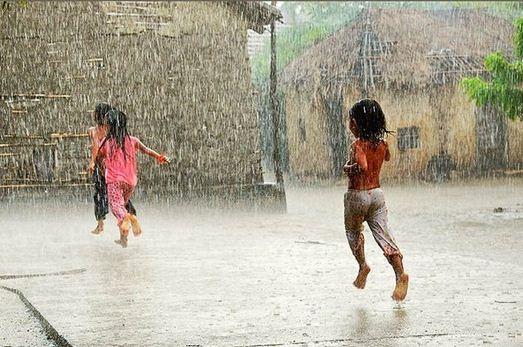 Tả cơn mưa rào mùa hạ